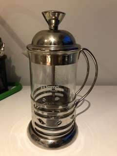 Frenchpress coffee maker