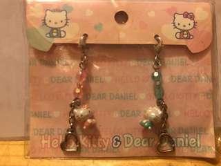 Hello Kitty & Dear Daniel Charm Sanrio Original 吊飾
