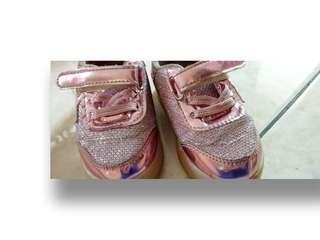 Kids Pinky Light Size 22 ❎120.000