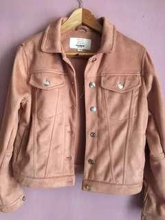 Jacket pull and bear