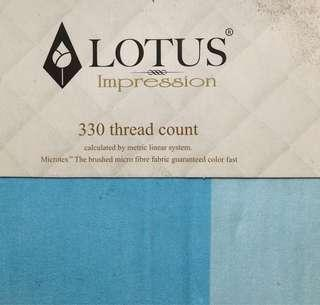 Lotus bedding sheet (Queen size)