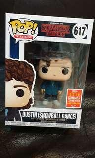Funko pop Dustin snowball dance sdcc stranger things