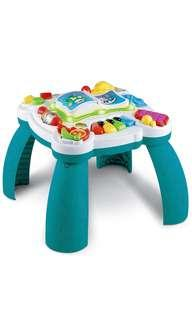 Leap Frog Learn and Groove Musical Activity Center