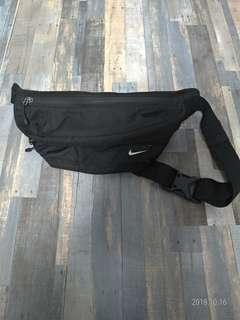 🚚 Nike腰包