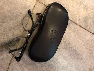 good deal rayban never used condition 99.9% original 100%