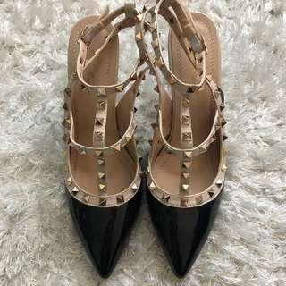 Pointy Stud Heels size 8