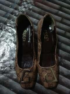 GUCCI MONOGRAM loafer shoe.. Corrwct me if im wrong 😂