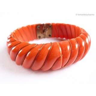 Vintage 1960s Orange Hinged Bracelet Bangle, br137