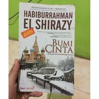 Buku Novel Bumi Cinta karya Habiburrahman El Shirazy