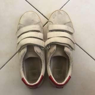 bershka white shoes