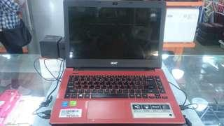 Laptop Acer Aspire E5-471G