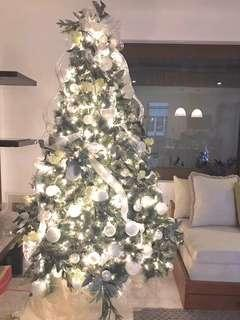Christmas Tree White/Silver Themed