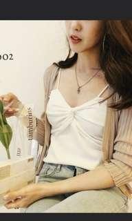 🚚 (全新)正韓交叉 白色細肩帶bra背心