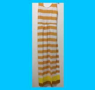 Dress panjang garis