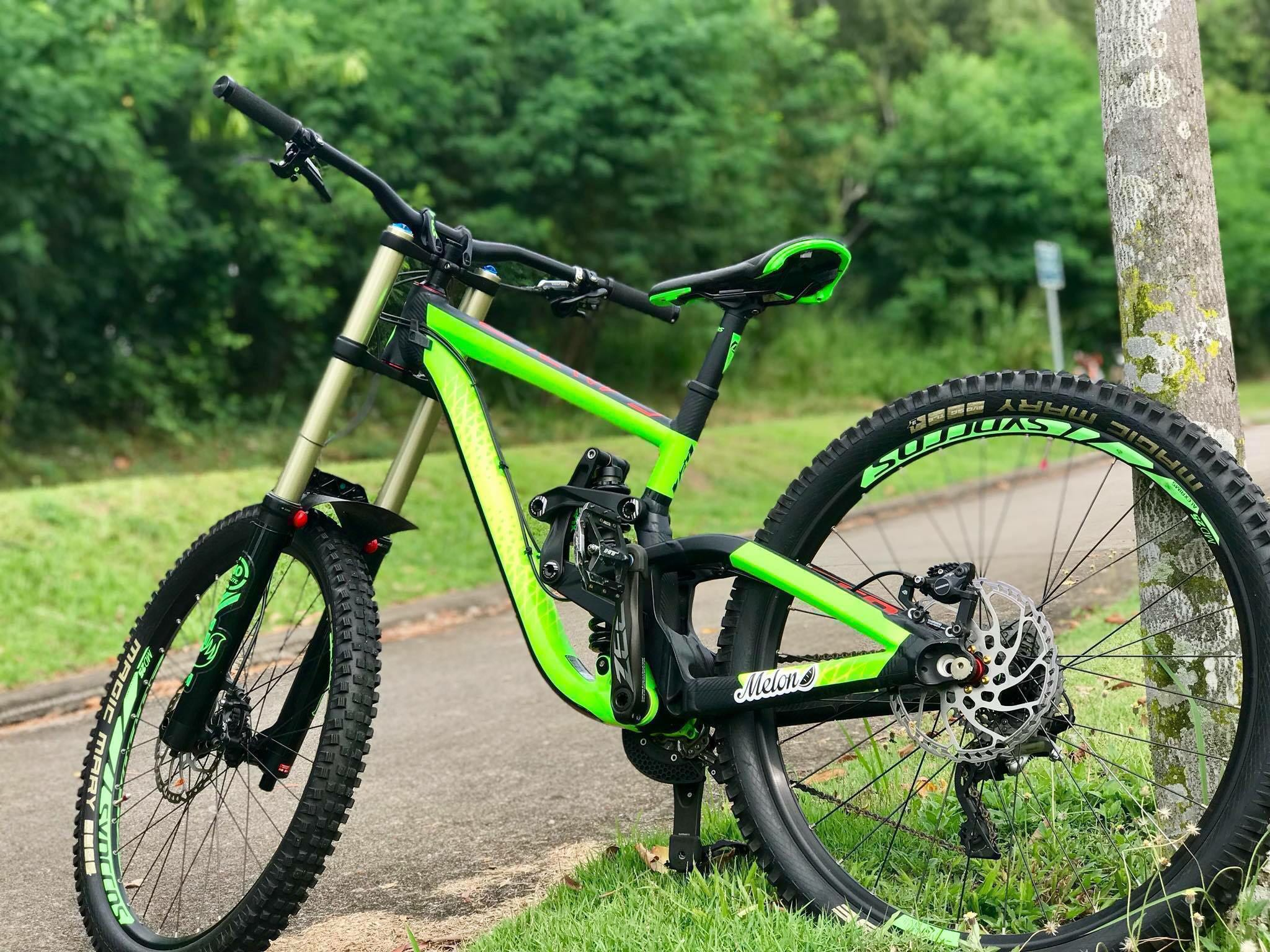 a1b7d360654 2016 Scott Gambler 720 DH, Bicycles & PMDs, Bicycles, Mountain Bikes on  Carousell