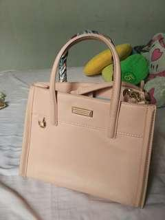 Charles n keith shoulder bag
