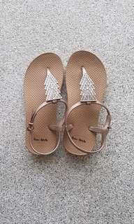 Strappy beach sandals casuals *size 36*