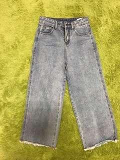 🚚 淺藍寬褲