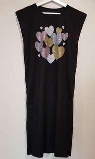 🚚 Cute little hearts high quality black slimming cotton long dress casuals *new ready stock*