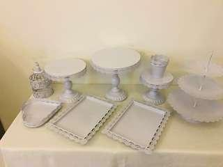 White color Cake stand, Dessert trays and cupcakes stand ( rent)