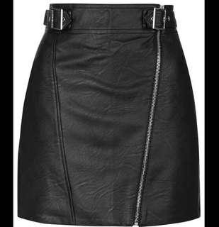 TOPSHOP faux leather skirt with zip