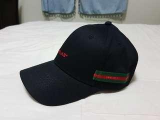 全新 GUCCI 配色 彎帽 老帽 gucci 古馳 帽 織帶 綠紅 綠 紅 素面 素 基本 簡單 棒球帽 復古 帽