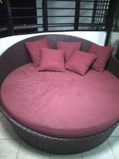 Outdoor lounge sofa! Weather and water proof!