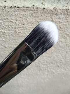 (INC POS) Focallure foundation brush