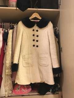 黑白分明娃娃風外套