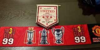 Man utd 99 treble winners scarf and crest