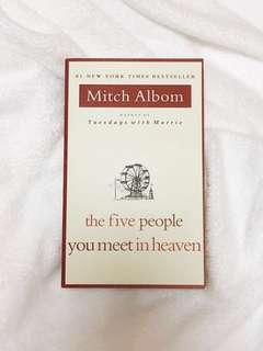 ✨ the five people you meet in heaven - mitch albom [brand new]