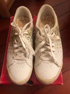 Marc Eckō Sports shoes