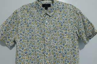 Forever 21 Men buttons down floral