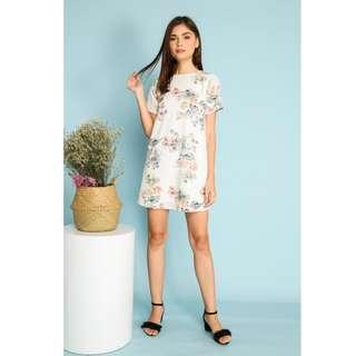 🚚 BN TSW Francesca Multi Floral Shift Dress in White