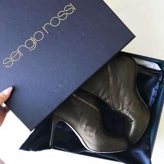 Sergio Rossi ankle booties size 36 / 6