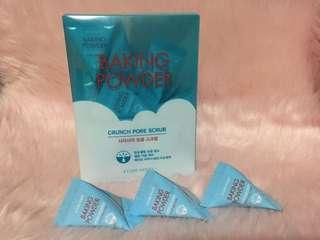 Baking Powder Pore Scrub