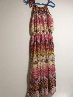 🚚 Pink summer halter maxi dress