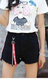 🚚 Black denim high waist shorts