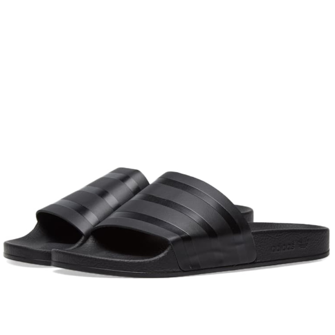 cheap for discount 65b8e b7800 Adidas Originals Adilette Sliders In Black CQ3094, Men s Fashion, Footwear,  Slippers   Sandals on Carousell