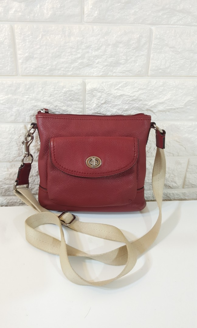 bd930fbb6953 SALE! LAST PRICE! Auth Coach Sling crossbody bag michael kors kate ...