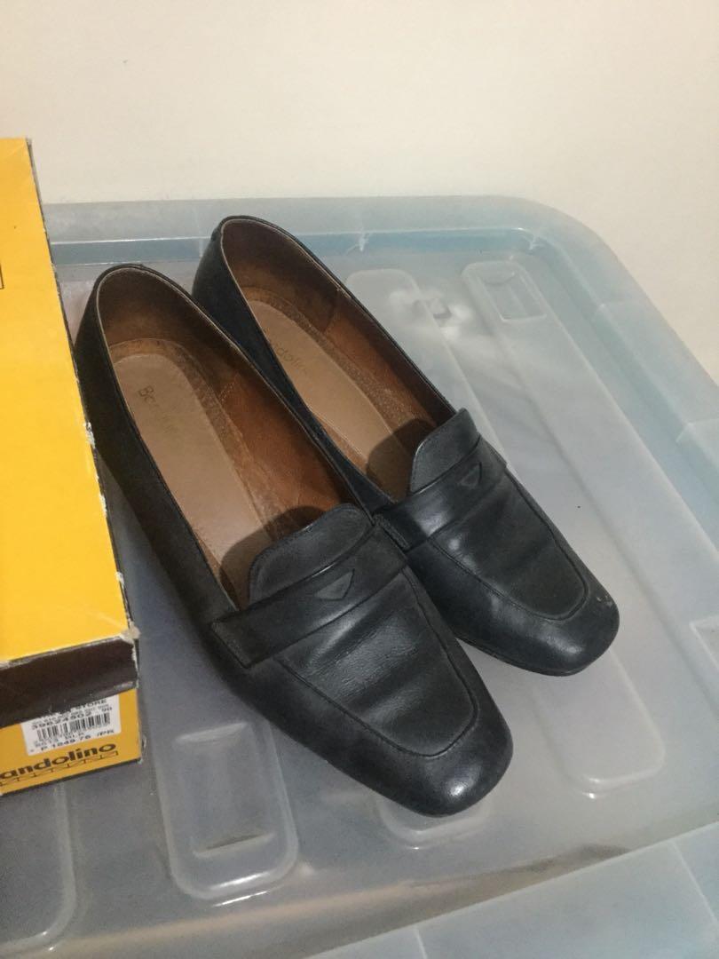 ca18bdebb7 Bandolino black shoes, Women's Fashion, Shoes on Carousell