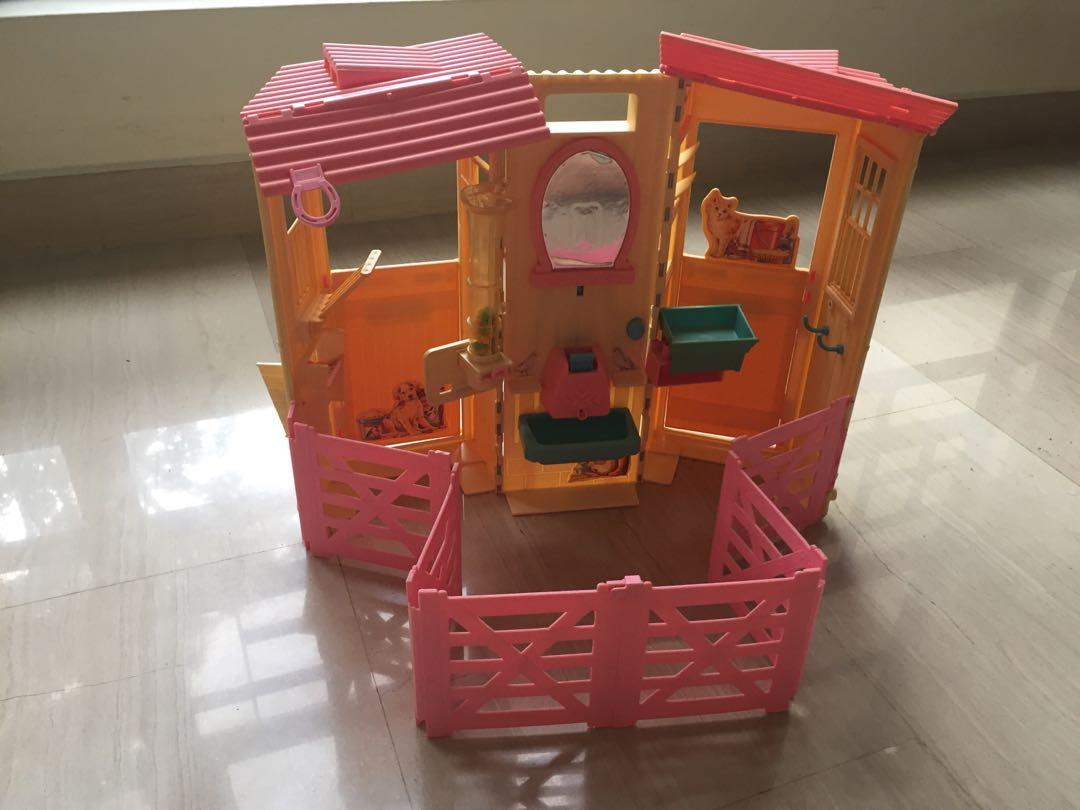 Barbie Horse Stable Toys Games Others On Carousell