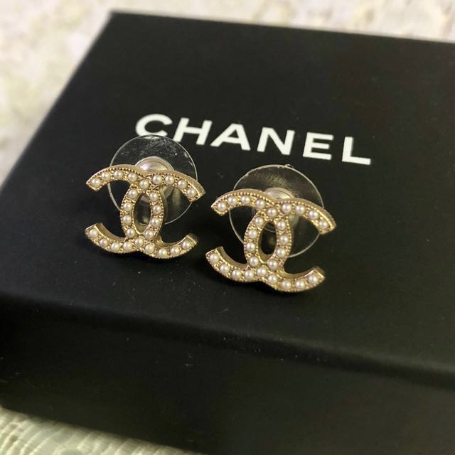 Brand New Chanel Earrings Studs Clic With Receipt Luxury Accessories On Carou