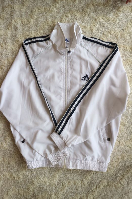 4c0694167 jaket adidas original, Men's Fashion, Men's Clothes, Tops on Carousell