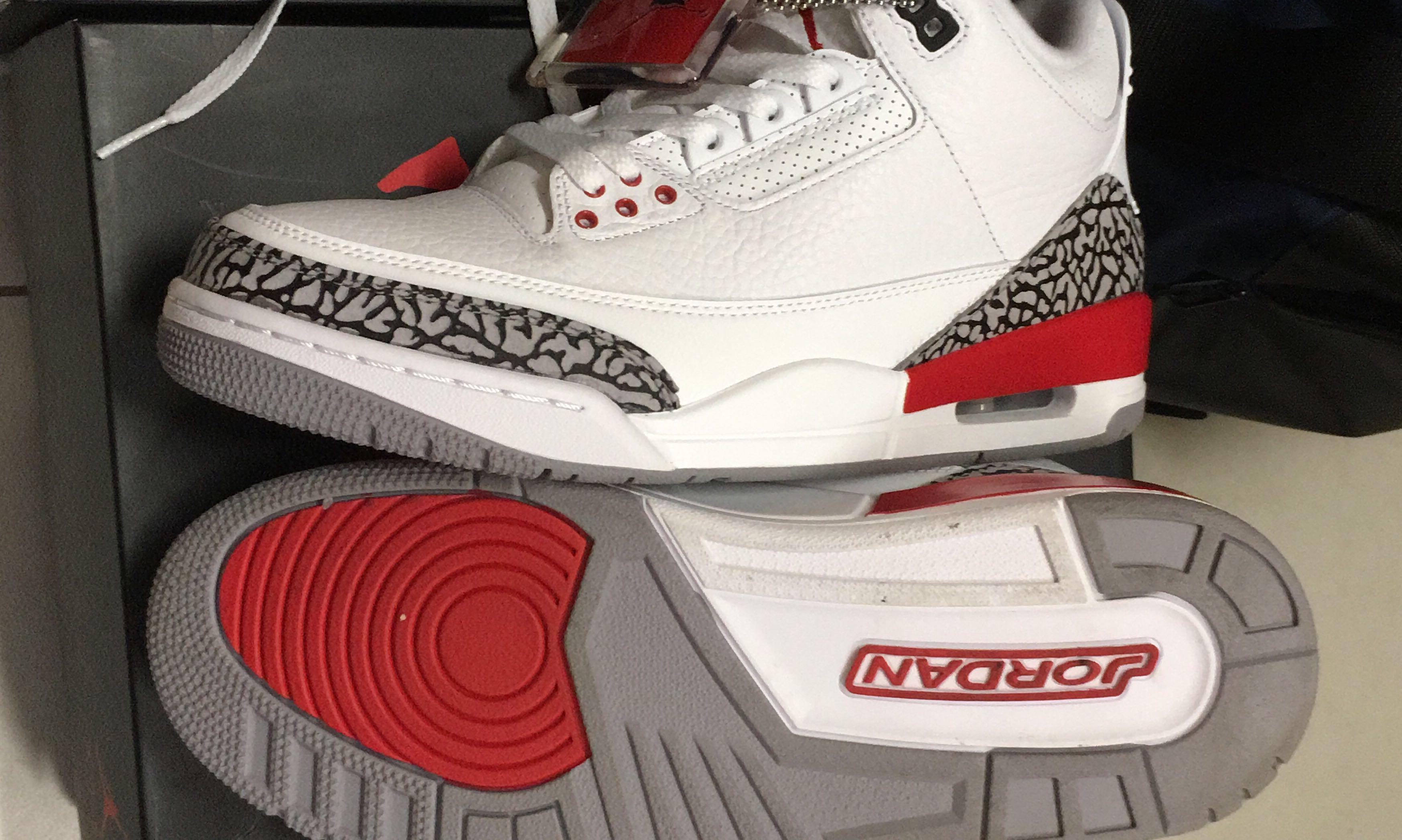 size 40 ef645 e2180 Nike Air Jordan 3 Katrina Retro, Mens Fashion, Footwear, Sneakers on  Carousell