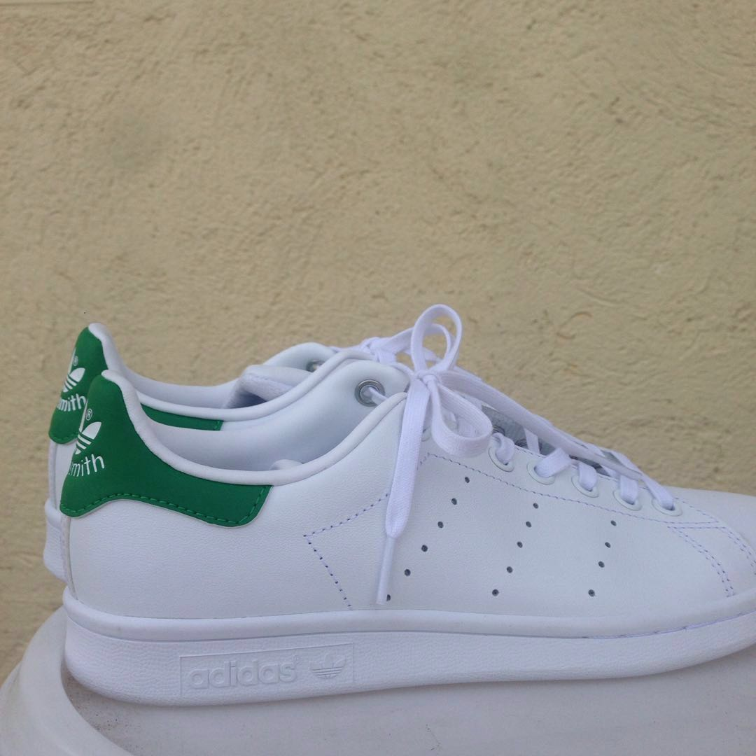 timeless design d2f1f 04707 REPRICED: Authentic Brand New Stan Smith size US6 (Size 8)