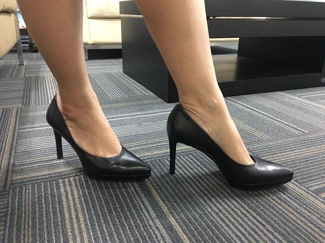 Sepatu Preloved Nine West Rocha