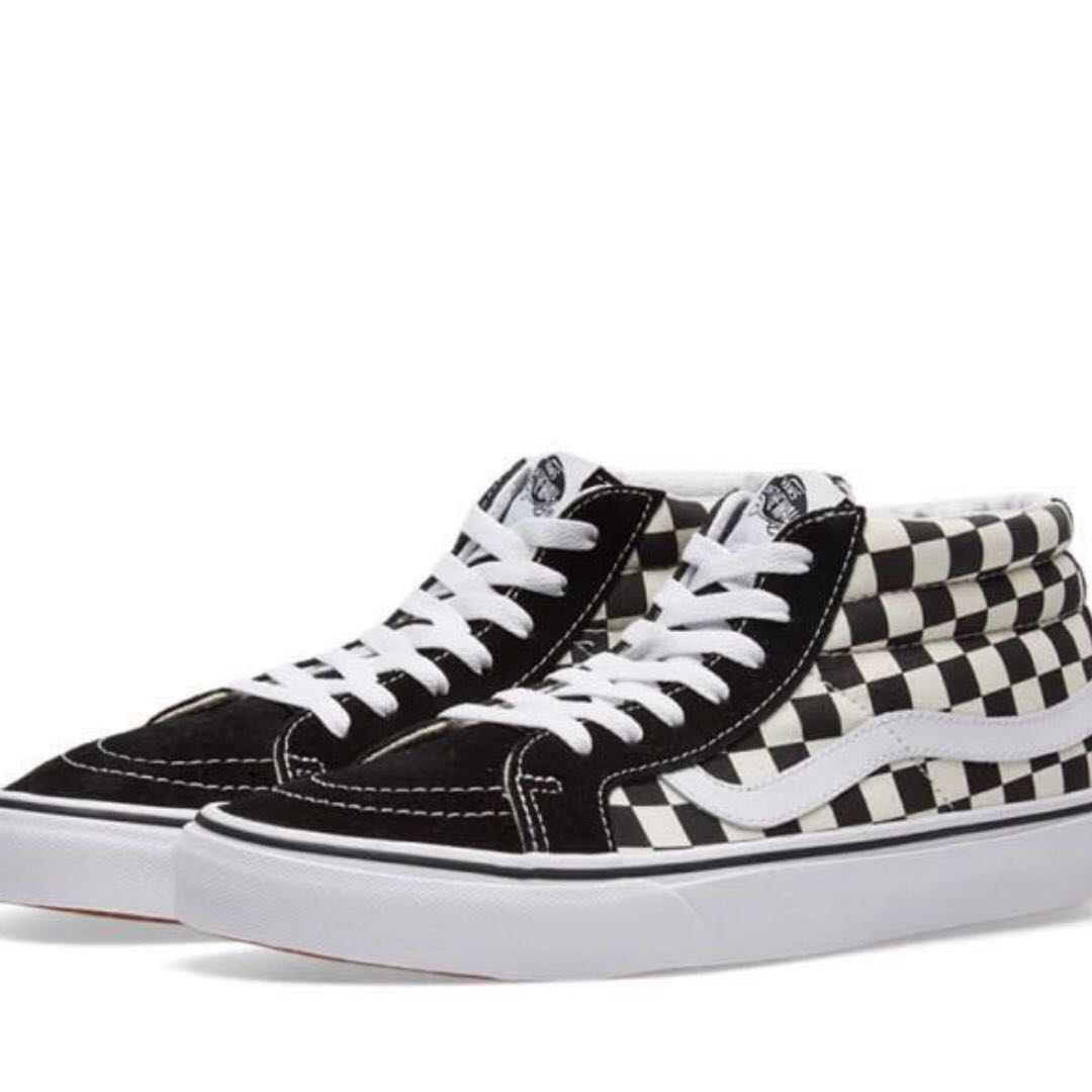 2efbe4ee740 Vans checkered skater shoes US 6   US 5.5 EU 35