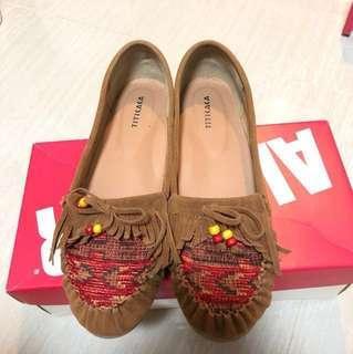 日牌 Titicaca 平底鞋 娃娃鞋