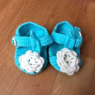~BN~ Blue Baby Knitted Flower Booties / Shoes for Newborn